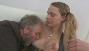threesome fucking her and the old fellow loves quickening