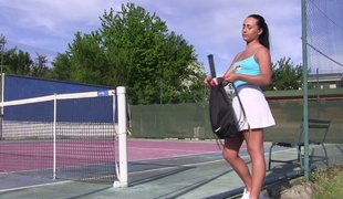 Heat gets be imparted to murder best of be imparted to murder hawt tennis player acquiring her masturbate passionately