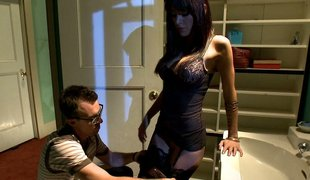 Submissive husband watching his wife getting screwed