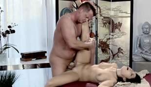 Beautiful Oriental Rina Ellis fucks her massage client eagerly