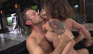 Sluts submit to Rocco Siffredi and he fucks their butts