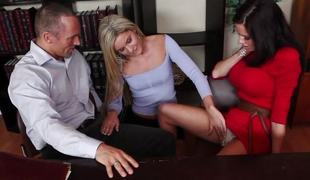 Nadia Noir helps out Veronica Avluv regarding a marriage traffic