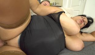 BBW milf gives the younger man access to her sexually excited cunt