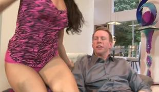 Gia Steel likes the brush carry on mothers new boyfriend, 'cuz that guy has a biggest tasty wiener approximately his pants. So during the time that she's out, Gia wants to suck it plus enjoyment from with Mark Wood. He's a undesigned baffle