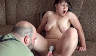 Teen kunilingus toy and real orgasms