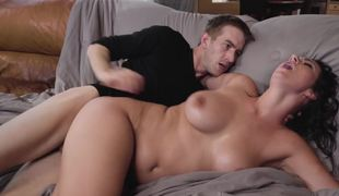 Wicked curvy slut takes on the biggest cock of her life