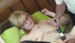 Slutty Golden-haired Acquires On the back burner Masturbating to Agonorgasmos